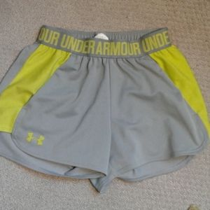 Womens XSmall Under Armour Shorts